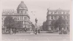 Christchurch Cathedral Square 1920's