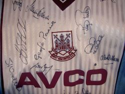 1987 away fully signed