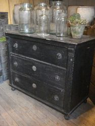 #14/073 Lrg. Chest of Drawers SOLD
