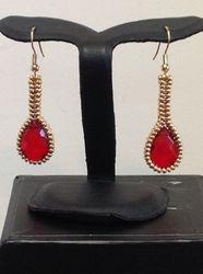Red Teardrops (Item #3270) $10.00