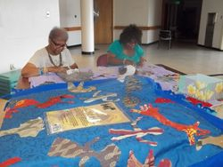 Community Community quilting to pay honor
