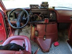 Drivers radio/siren/lights position