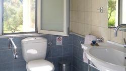 main floor: bathroom