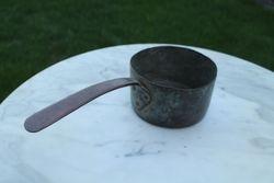 Varinis carines Rusijos imperijos puodelis su rankena. Kaina 23