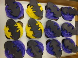 royal icing batman logo toppers cupcakes $3.50ea