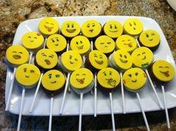 Emoticon Faces Oreo Pops