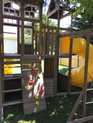 KidKraft Devonshire swing set assembly in springfield Virginia