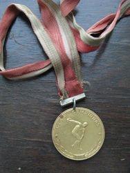 LTSR sporto medalis. Kaina 6 Eur.