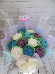 White, purple and blue cupcake bouquet