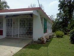 Casa en una lomita, $175,000omo