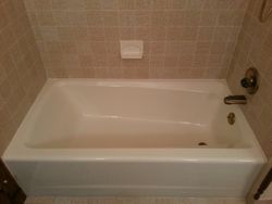 Maroon Tub & Soap Dish After