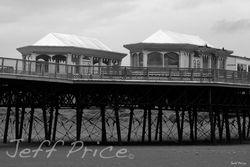 St Annes Pier b/w