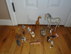 Plastic Animals Set- 20 Piece - $5