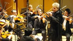 "Alexis Hauser conducts ""Pronto...musica!"" in Montreal, Nov.7 2013"