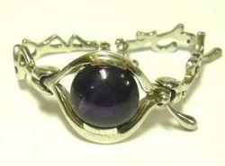 09-00128b Amethyst Cabochon Sterling Link Bracelet