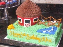 3D Farm/ Barn Cake