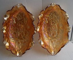A pair of Pansy pickle trays in marigold