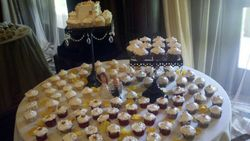 Copper Apple Blossom Cupcakes