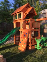 Backyard Discovery Liberty II swing set assembly in aldie Virginia