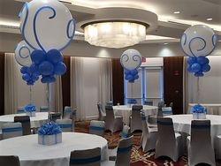 Balloon Centerpieces for Graduation Party