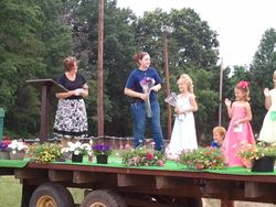 Crowning the Junior Miss Mine Run