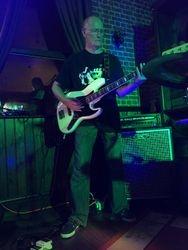 Tom 'bass' debut...
