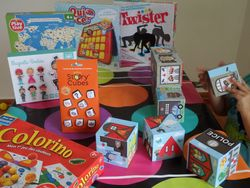 Des dizaines de jeux attendent vos loulous pour apprendre tout le vocabulaire de base: Ces jeux ont été selectionnés selon les tranches d' âge des groupes de Little Kids.