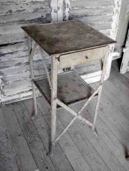 #13/167 Metal End Table SOLD