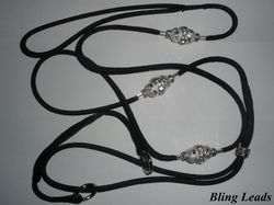 Martingale lead with satin neck