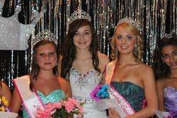 2011 MIss Teen Kaitlyn Oakley, 2012 Miss Teen Shelby Gilkerson and MIss Teen Princess Faith Dailey