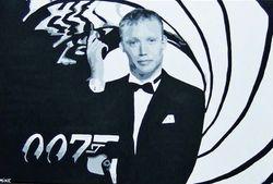 RICKY GROVES as 007