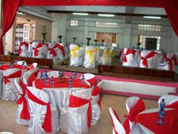 wedding tables and chairs for hire