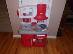 Little Tikes Cook 'N Grow Kitchen - $60