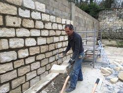 mur en pierre de taille