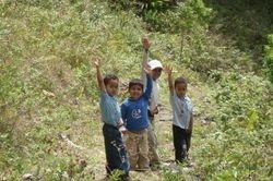 Kids saying Praise the Lord
