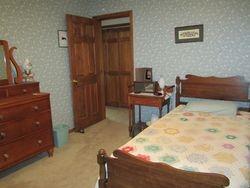 Trumansburg-Double Bedroom