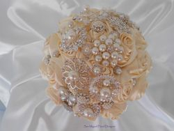 Brooch Bouquet   #B50