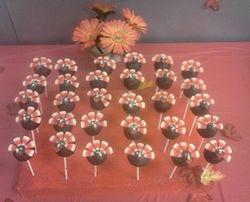 Cupcakes & Pop Cakes 1