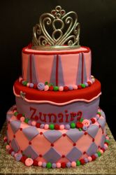 A cake fit for a li'l Princess