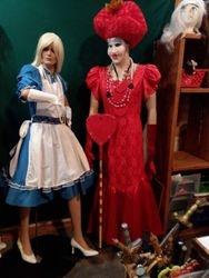 Alice & Queen of hearts