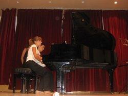 Piano a 4 manos en concierto