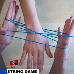 STRING HAND GAME