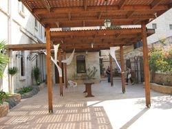 Patio en Cana de Galilea