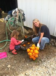 Claire & DiDi cleaning gourds