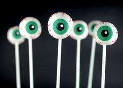 Chocolate Dipped Oreo Eyeballs