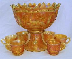 Peacock at the Fountain 8 pc. punch set - marigold