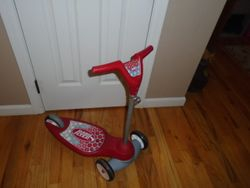 Radio Flyer Grow with Me My 1st Scooter - $22