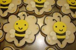 Large fondant bee cookies $6 each