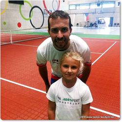 Radek Stepanek and a young tennis fan