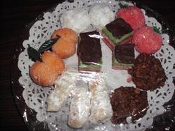 Small Cookie Plate